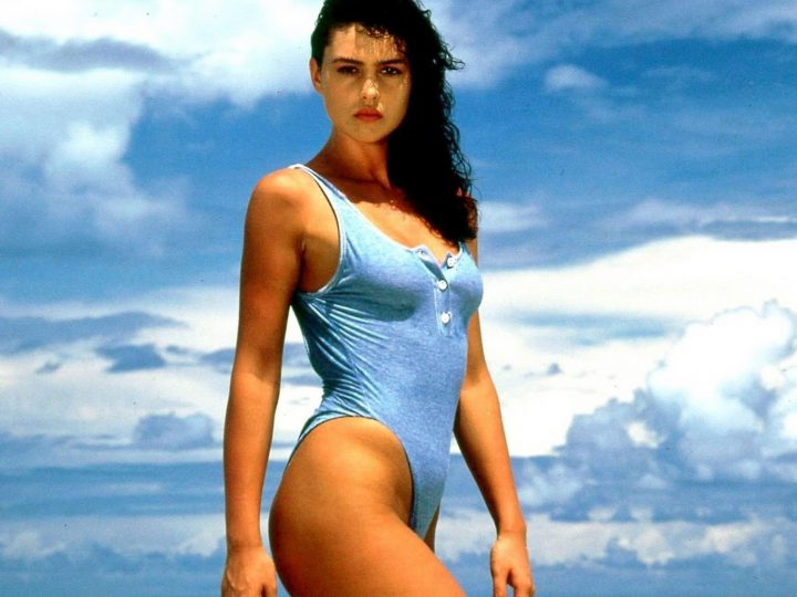 Monica Bellucci Neverseen First Photograps with Swimsuit