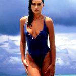 monicabellucci-net-swimsuit-bikini4